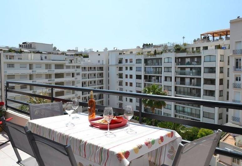 Rouaze Two Bedroom, Cannes, Appartement, Terras