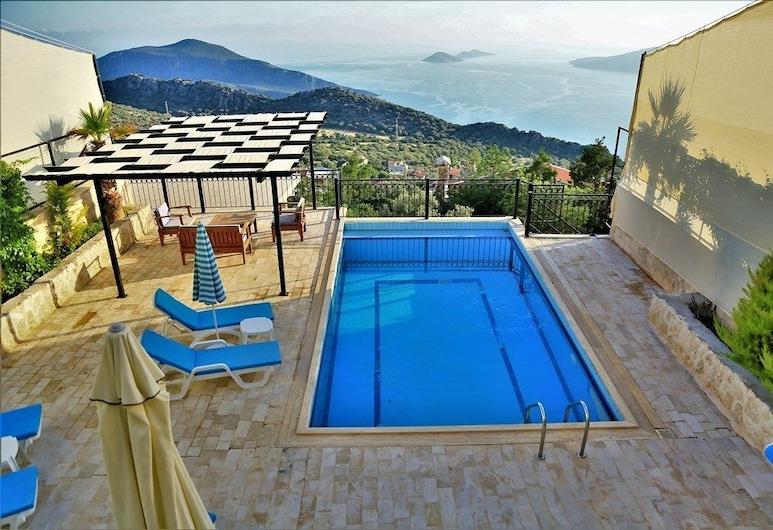 Villa Zumrut 2 by Akdenizvillam, Kas, Vonkajší bazén