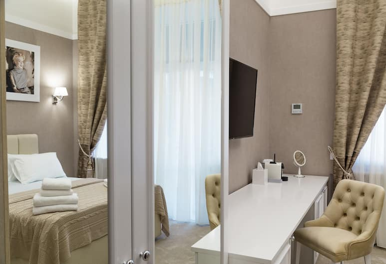 Hotel Monroe, Odessa, Standard Double Room, Guest Room