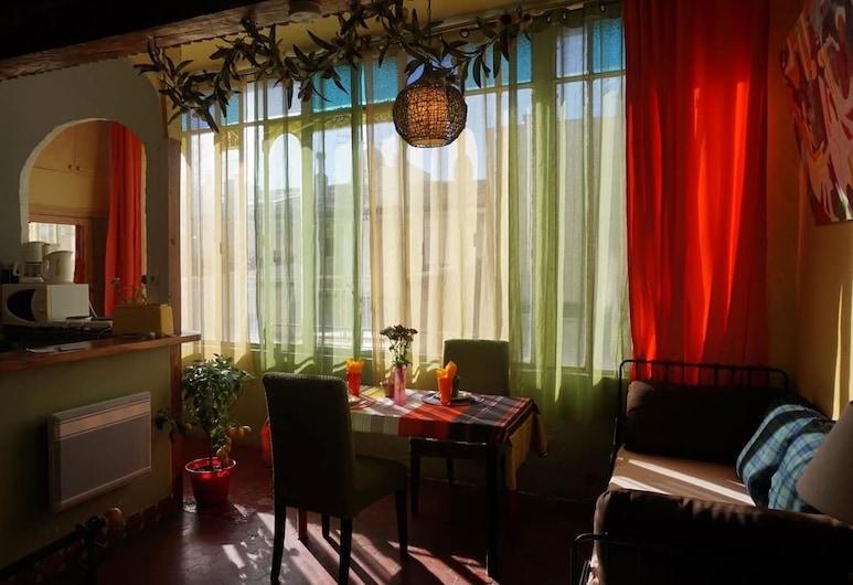 Chambre d'hôte La Maison du petit canard, Marseille, Studio Cesar, 3rd Floor, Living Area