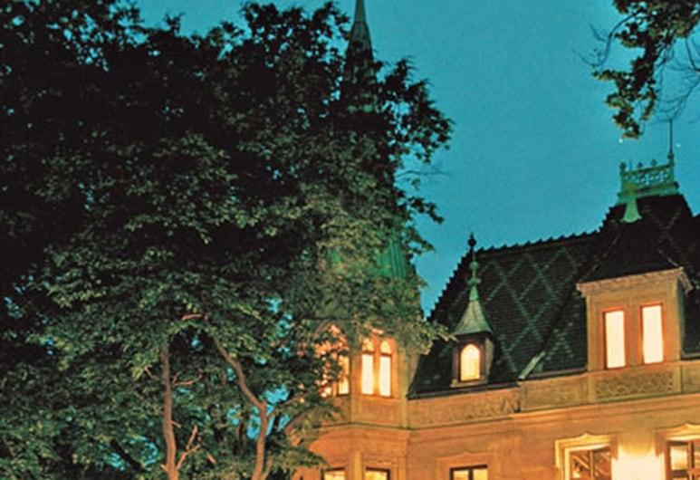 Schlosshotel Zum Markgrafen, Quedlinburg , Hadapan Hotel - Petang/Malam