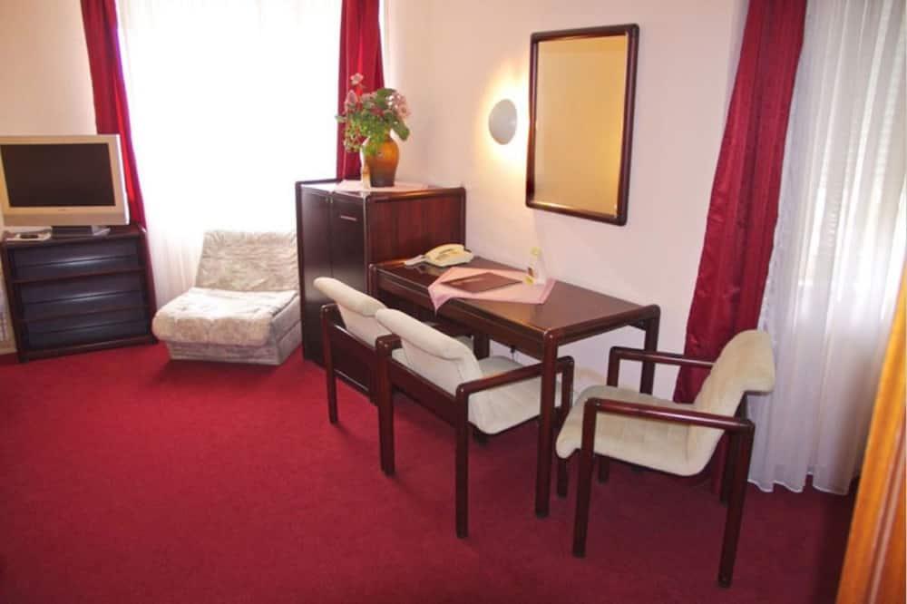 Trojlôžková izba - Obývacie priestory