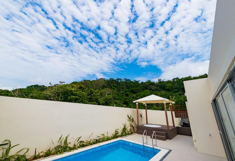 U-MUI Forest Villa Okinawa YAMADA GUSUKU, Onna, Executive suite, privézwembad (U-MUI, Open-Air Bath), Kamer