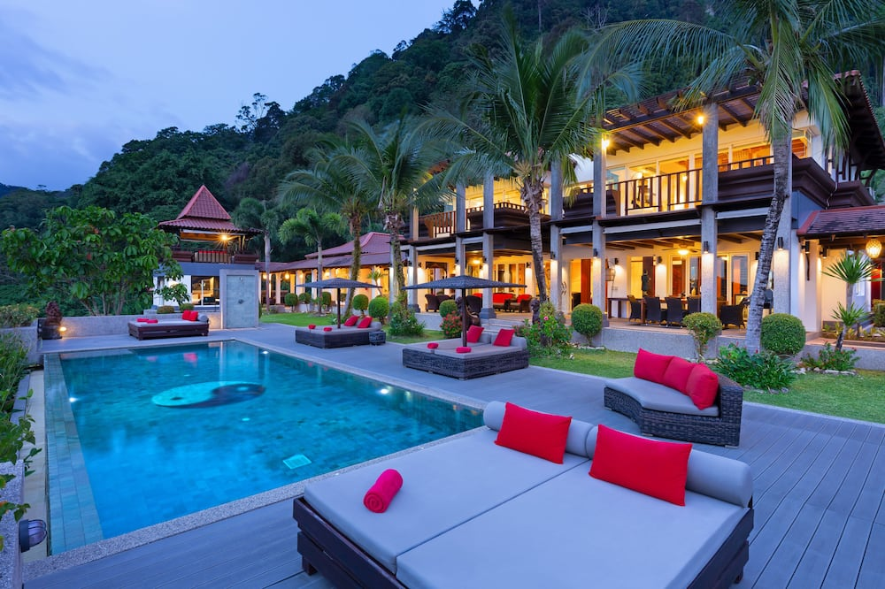 7-Bedroom Villa with Private Pool - 私人游泳池