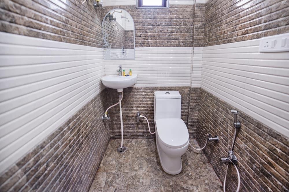 Deluxe Room, 1 Double Bed, Non Smoking - Bathroom