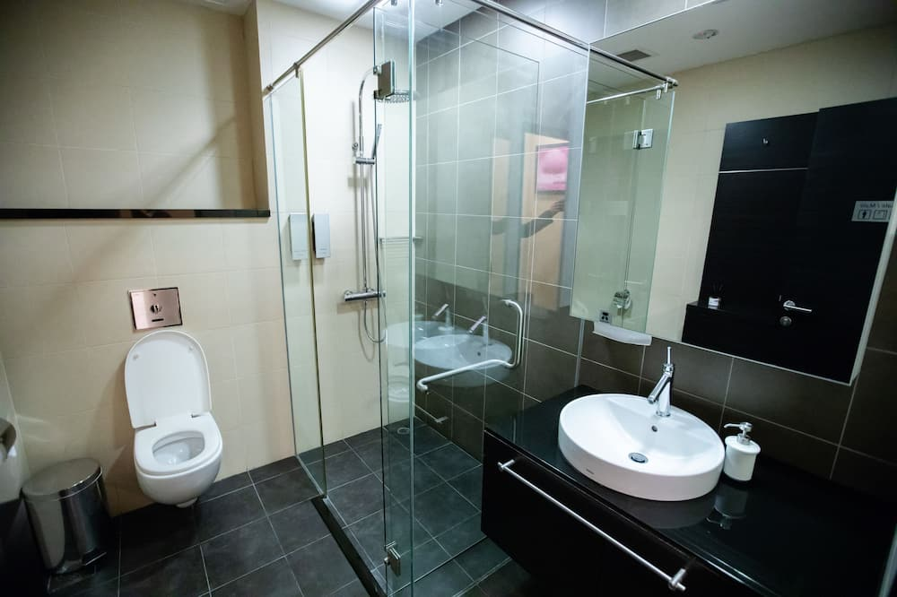 Double Suite Room Connecting - Max 6 Hours Stay, Meal included - Bathroom