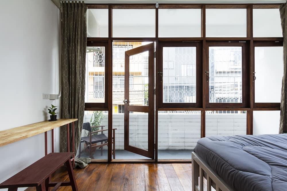 Double Room with Shared Bathroom - Balcony
