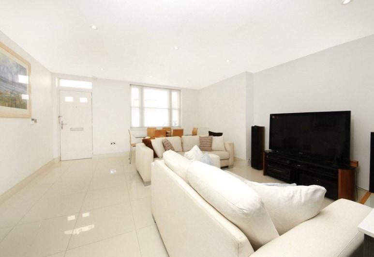 Modern 2 Bedroom House in Whitechapel, London, Zimmer