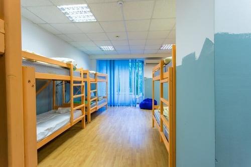 Hostel/