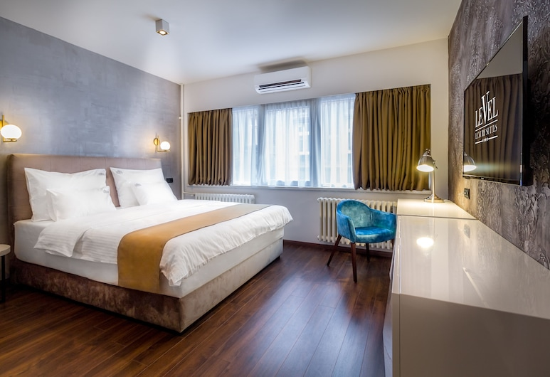 Level Luxury Suites, Belgrad, Junior Suite (with Jacuzzi), Zimmer
