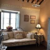Luxury Suite (Gardenia) - Ruang Tamu