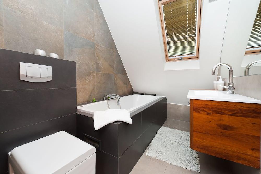 Apartment (11) - Bathroom
