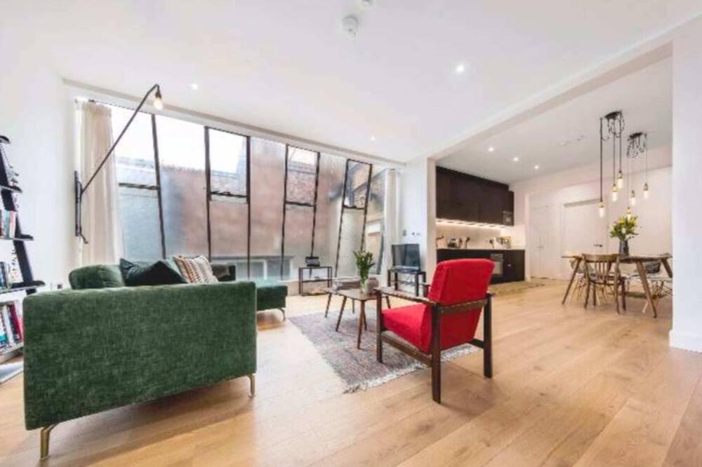 Apartament (3 Bedrooms) - Salon