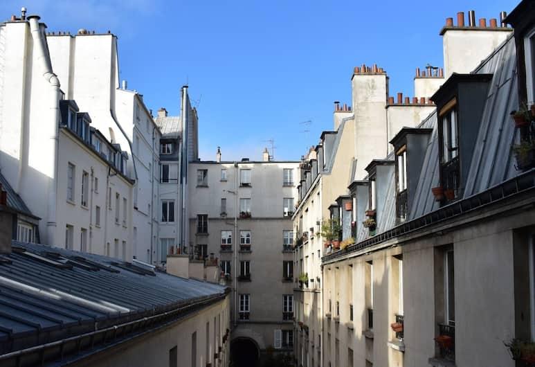 Spacious 1 Bedroom Apartment in 10th Arrondissement, Paris, Exteriör
