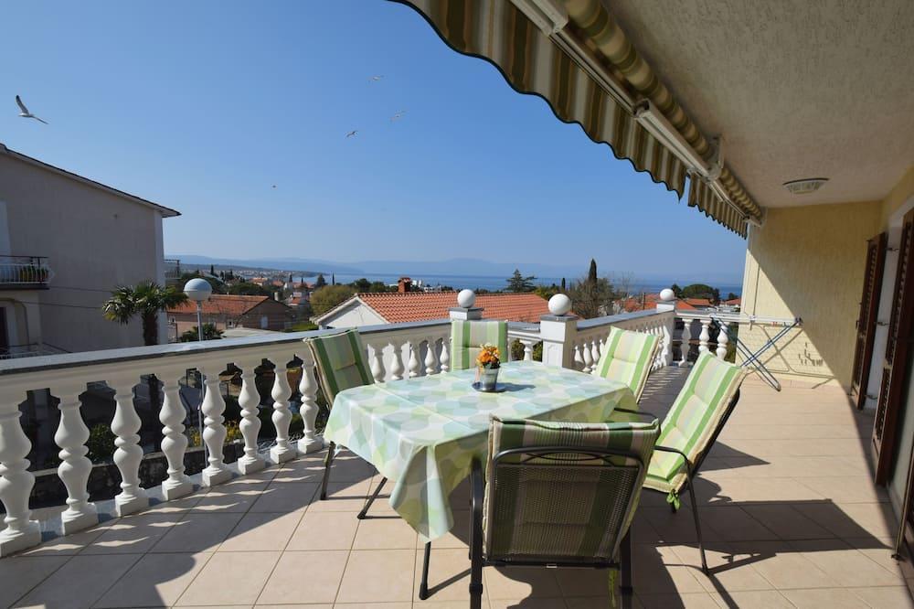 Apartment, 2 Bedrooms – 128 - Balcony