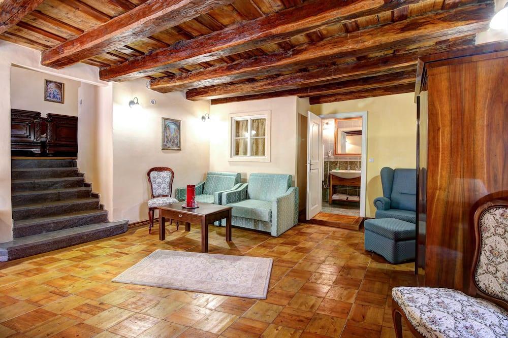 Suite, 1 Tempat Tidur Double (High Class with own entrance) - Kamar Tamu