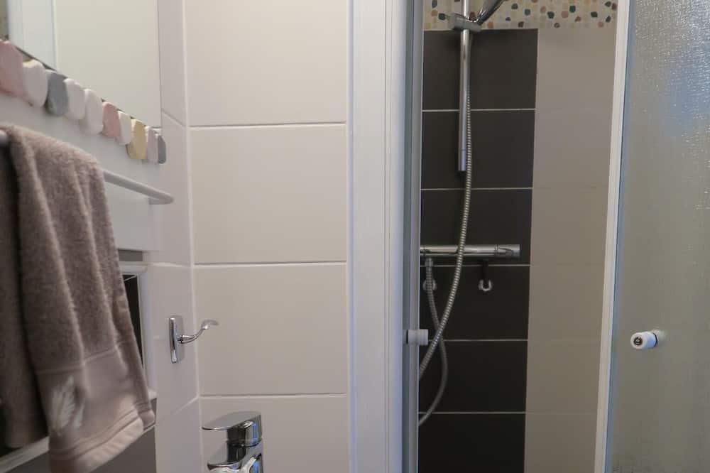 Comfort-herbergi - með baði (Le Bureau) - Baðherbergi