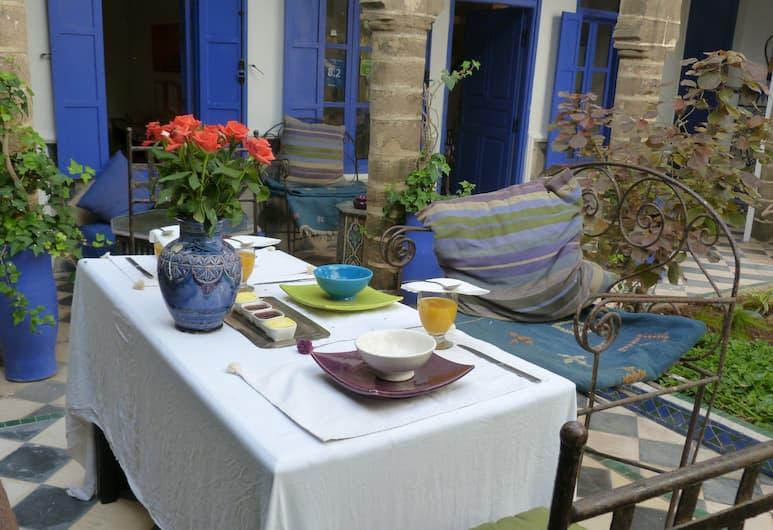 Riad Du Figuier, Essaouira, รับประทานอาหารกลางแจ้ง