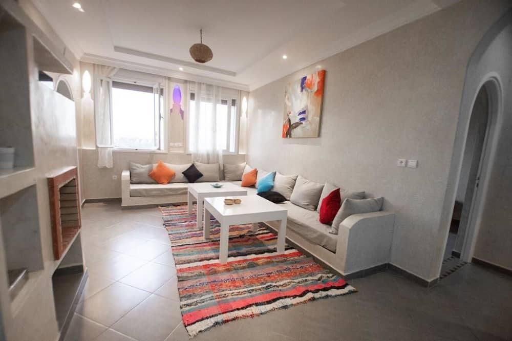Prabangaus stiliaus apartamentai, 2 miegamieji (1st Floor) - Svetainės zona