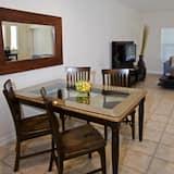 Condo, 2 Bedrooms - Dining