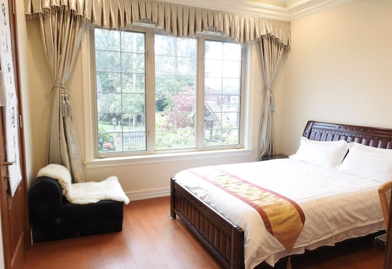 An Yang House, Burnaby, Deluxe Suite, 2 Queen Beds, Room