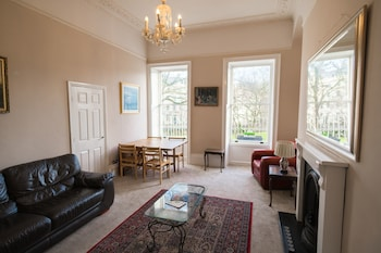 Picture of Central Georgian Apartment in Bath, Park Views in Bath