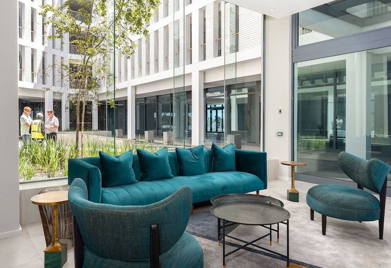 Axis Luxury Apartments, Cape Town, Lobby Sitting Area