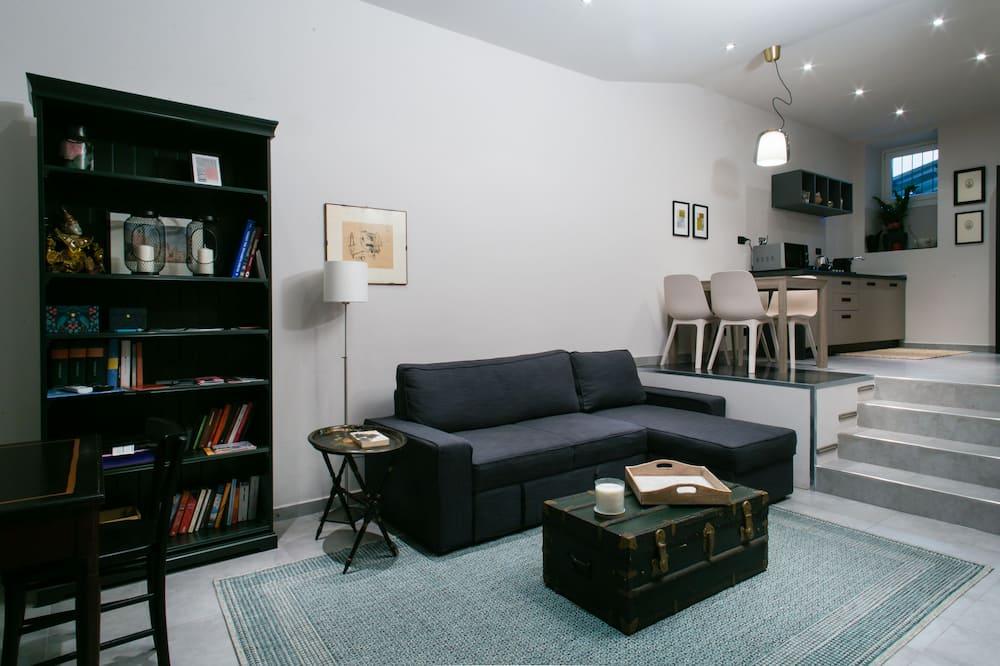 Apartment, 1 Bedroom, Ground Floor - Living Room