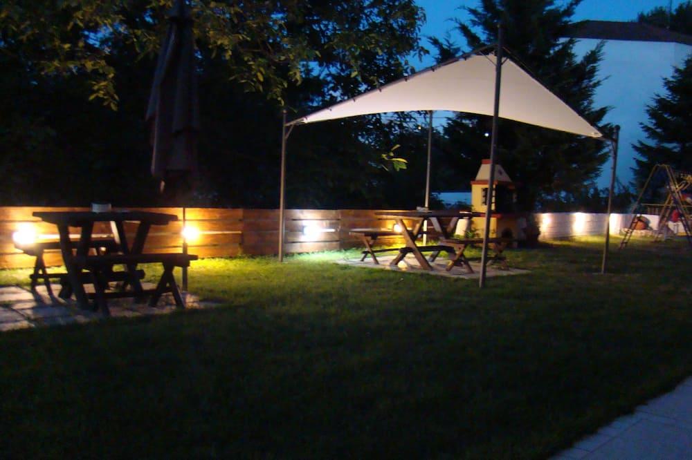 Villa Pavlina, Aristotelis