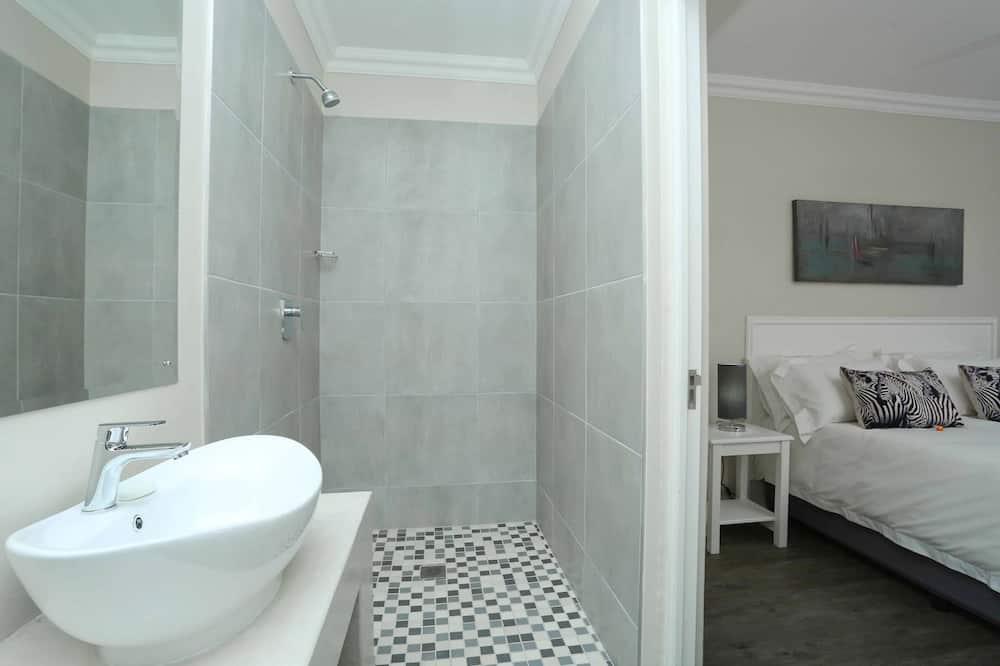 Phòng đôi Deluxe - Phòng tắm