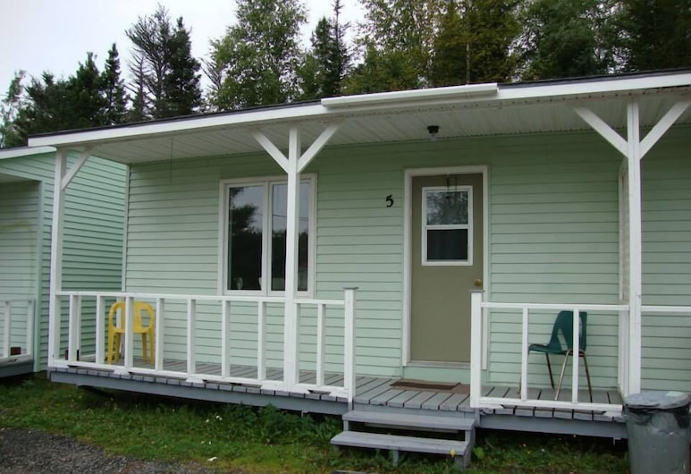 The Oasis Motel, Botwood, Exterior