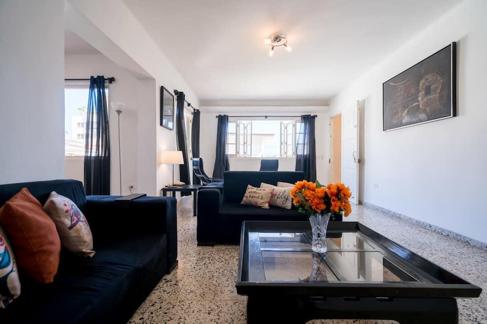 컴포트 아파트, 침실 3개 - 거실 공간