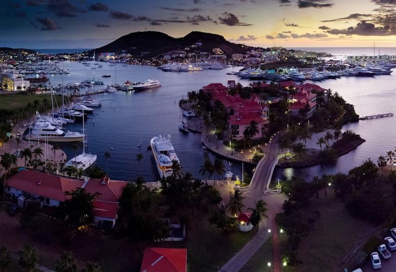 Port de Plaisance Resort, Trademark Collection by Wyndham, Cole Bay, Viesnīcas priekšskats vakarā/naktī