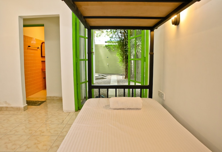 Negombo Beach by Flipflop Hostels, Negombo, Shared Dormitory, Mixed Dorm, Patio, Garden View, Guest Room