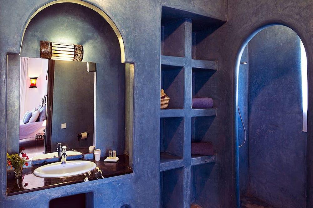 Dvoulůžkový pokoj, dvojlůžko - Koupelna