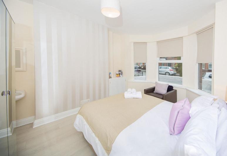 Titanic Adelaide, Belfast, Hus - privat badeværelse (5 Bed), Værelse