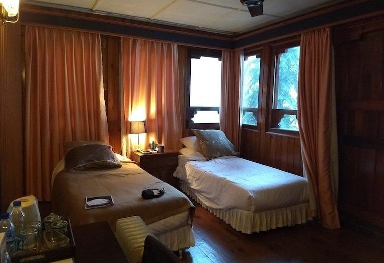 Hotel Zangto Pelri, Punakha, Standard Room, 2 Twin Beds, Non Smoking, Guest Room