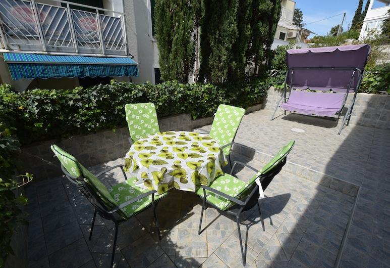 Apartment Oresic, Malinska-Dubasnica, Apartment (A1), Terrace/Patio