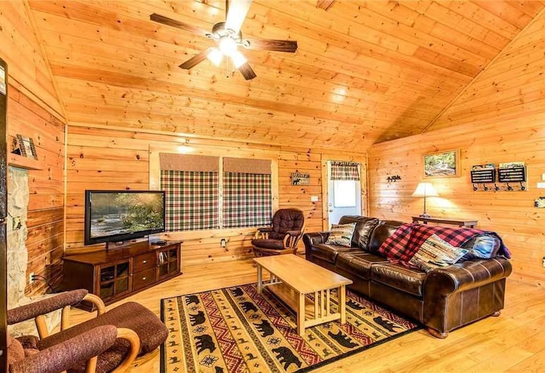 Its Love - Two Bedroom Cabin, Sevierville