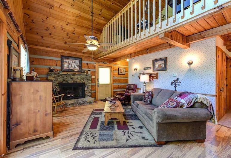 Somewhere A Place For Us - Two Bedroom Cabin, Sevierville