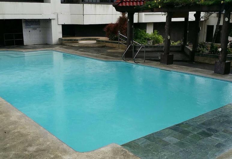 Obaid's Condo in Winland Towers, Cebu, Outdoor Pool