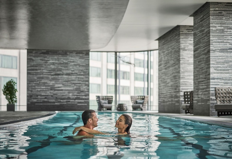 Four Seasons Hotel One Dalton Street, Boston, Boston, Pool