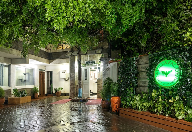 Javilla Eagles Safari Guest House, Nairobi, Hotel Front – Evening/Night