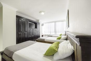 在佩雷拉的阿因达 1120 购物中心酒店照片