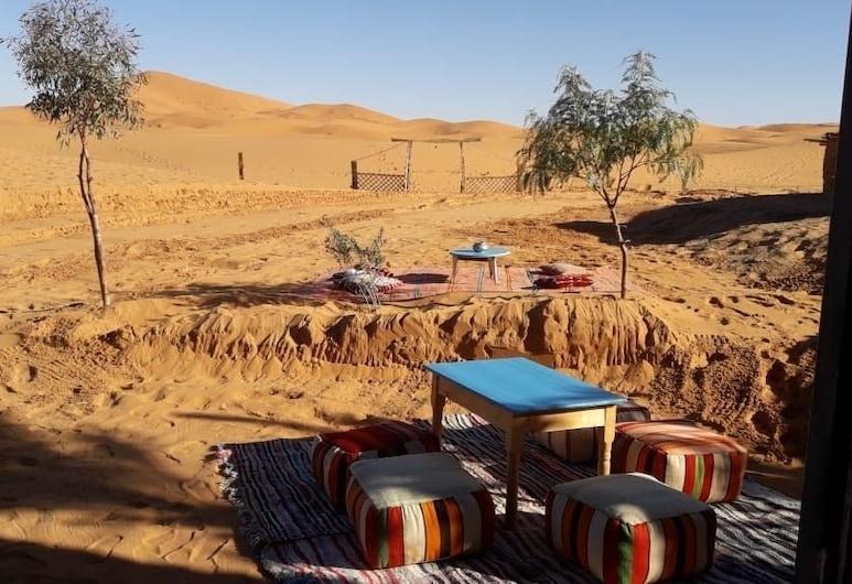 薩哈拉駱駝小徑露營飯店, 塔歐斯