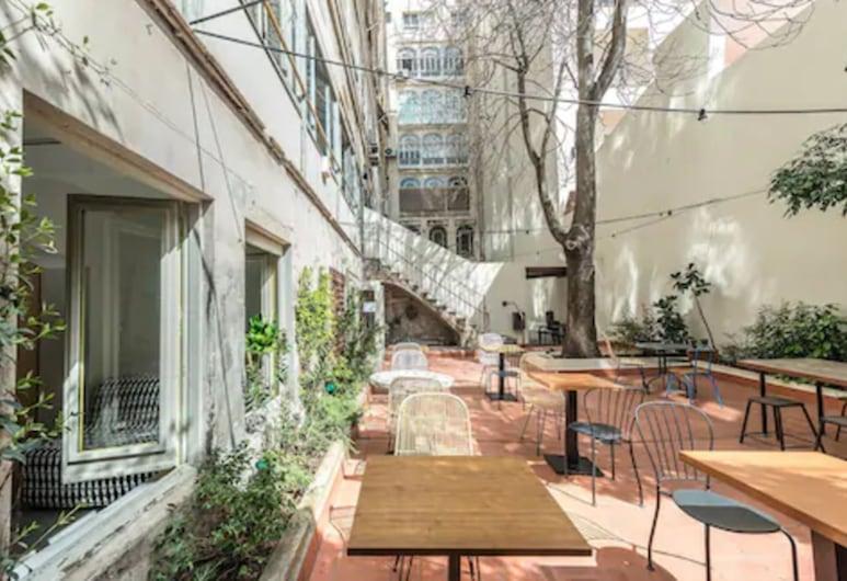 The Loft Hostel Barcelona, Barcelona, Terrass