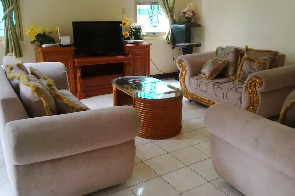 Villa, 4 Bedrooms - Bilik Rehat