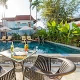Tripla Deluxe, vista piscina - Piscina all'aperto