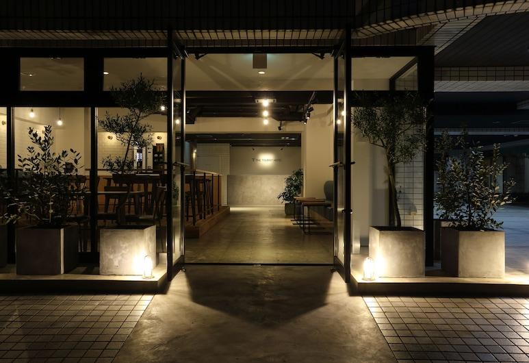 The Tourist Hotel Kasai, Tokyo, Hotel Entrance
