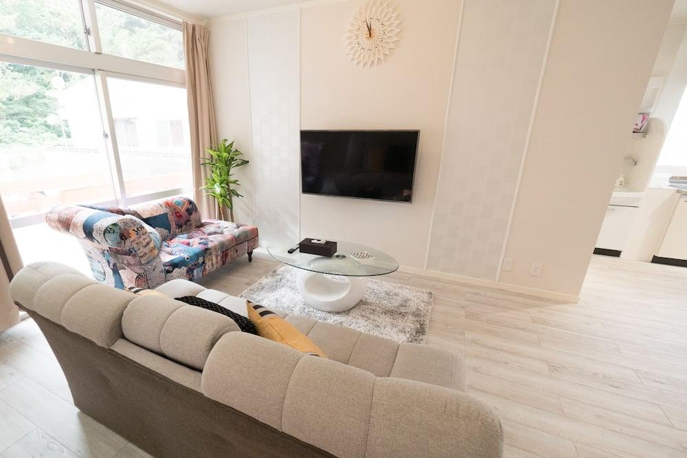 Basic Villa, Non Smoking - Living Room